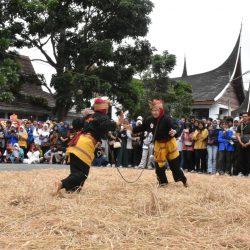 Aniversary Pascasarjana ISI Padangpanjang debus