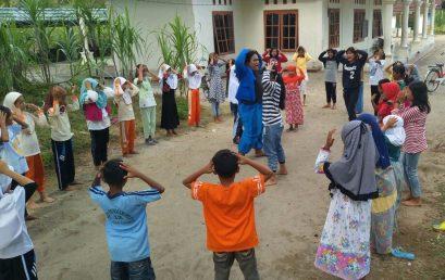 Mahasiswa KKN Sosialisasikan Siaga Bencana Kepada Anak-anak Lewat Kesenian