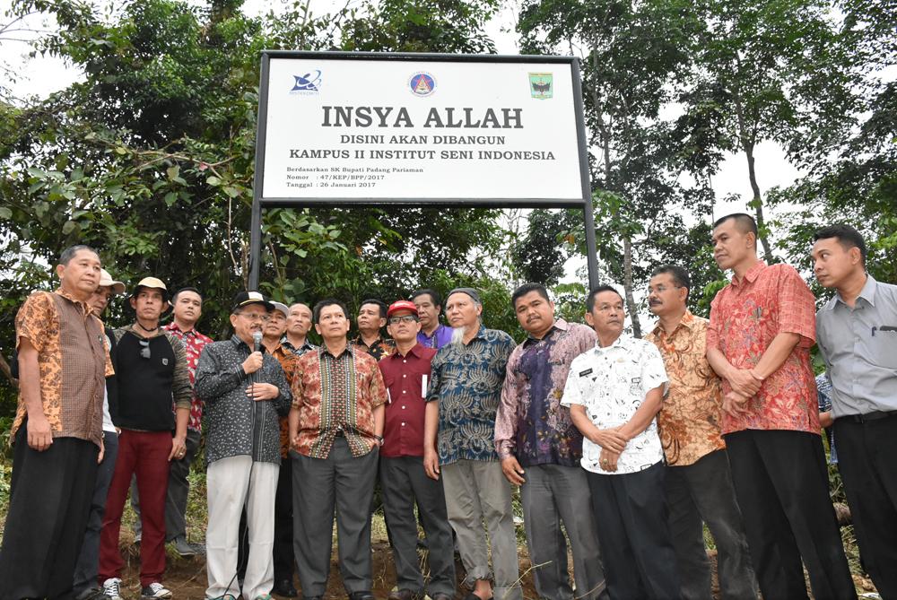 Pemasangan Plang Peruntukan Tanah Kampus II Institut Seni Indonesia Padangpanjang