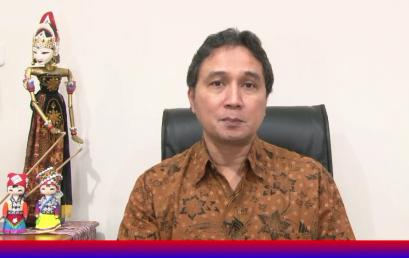 REKTOR : SENIMAN HARUS SIAP HADAPI REVOLUSI INDUSTRI TAHAP KE 4